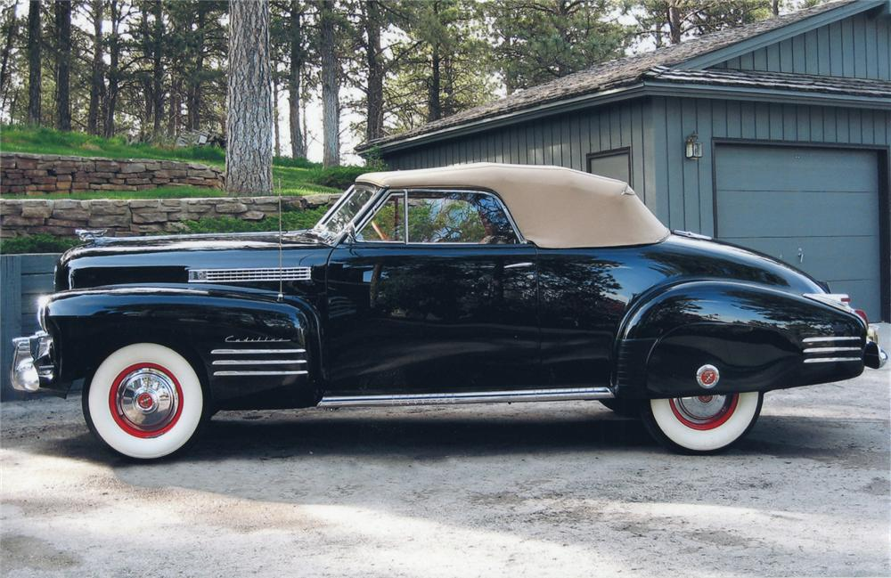1941 CADILLAC SERIES 62 2 DOOR CONVERTIBLE - Side Profile - 65749
