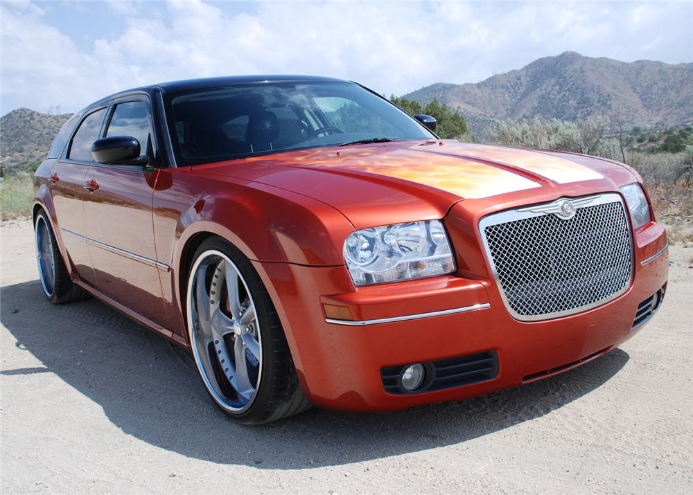 2005 DODGE MAGNUM RT FOOSE CUSTOM - Front 3/4 - 65778