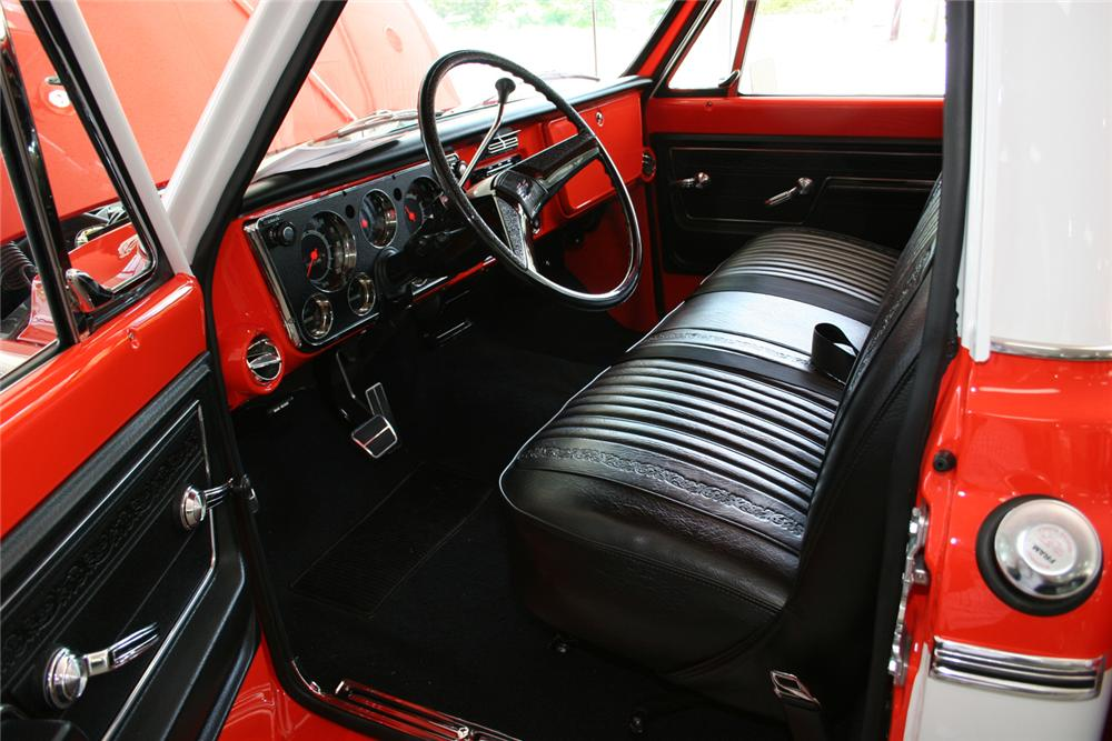 1972 CHEVROLET 3/4 TON PICKUP - Interior - 65838