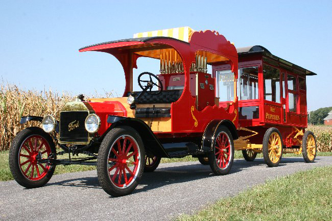 1915 FORD MODEL T CIRCUS CALLIOPE TRUCK WITH WAGON - Front 3/4 - 65839