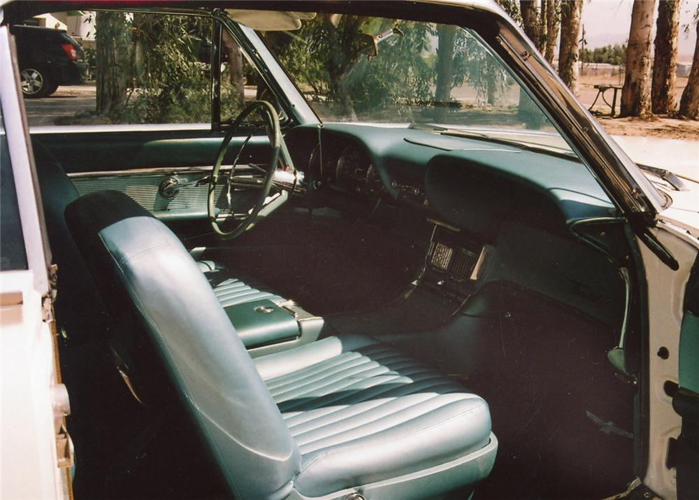 1962 FORD THUNDERBIRD 2 DOOR COUPE - Interior - 65848