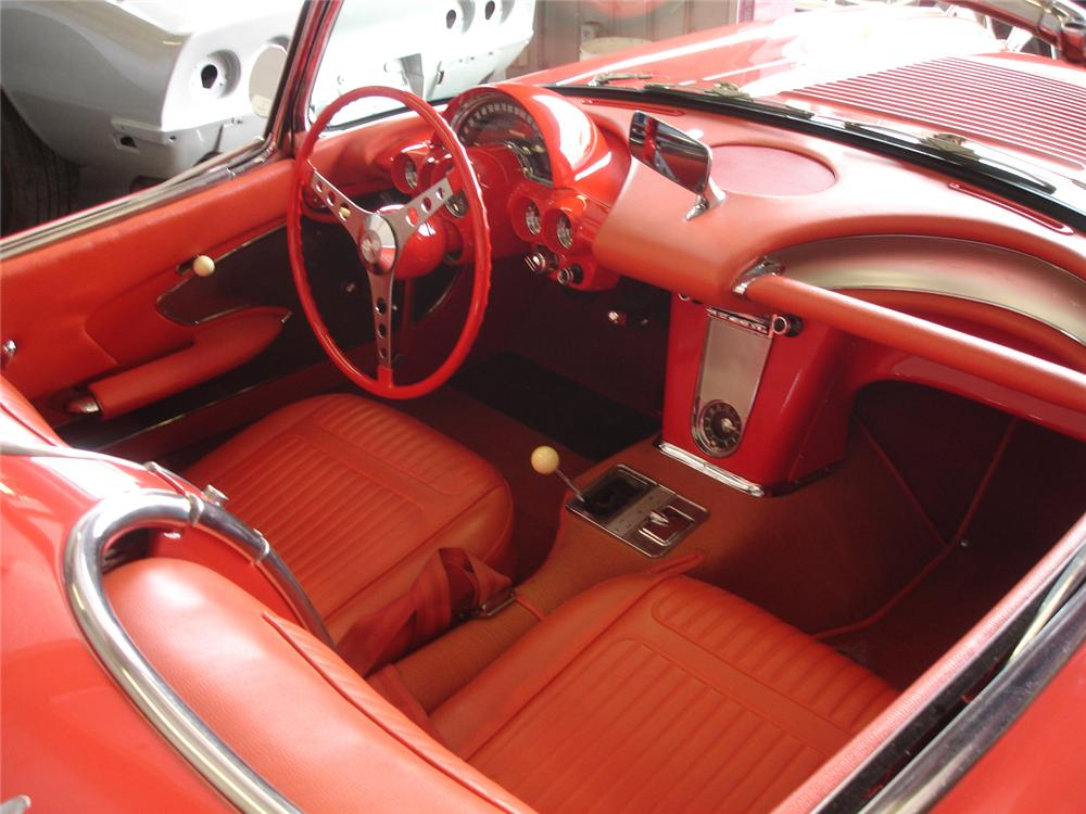 1958 CHEVROLET CORVETTE CONVERTIBLE - Interior - 65849