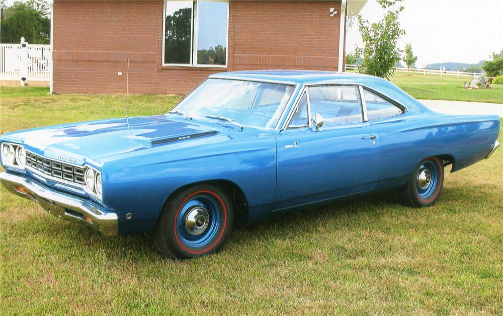 1968 PLYMOUTH ROAD RUNNER 2 DOOR SEDAN - Front 3/4 - 65852