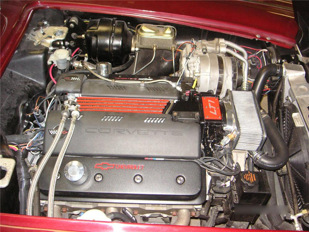 1962 CHEVROLET CORVETTE CUSTOM CONVERTIBLE - Engine - 65860