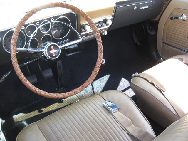 1965 CHEVROLET CORVAIR CORSA COUPE - Interior - 65867