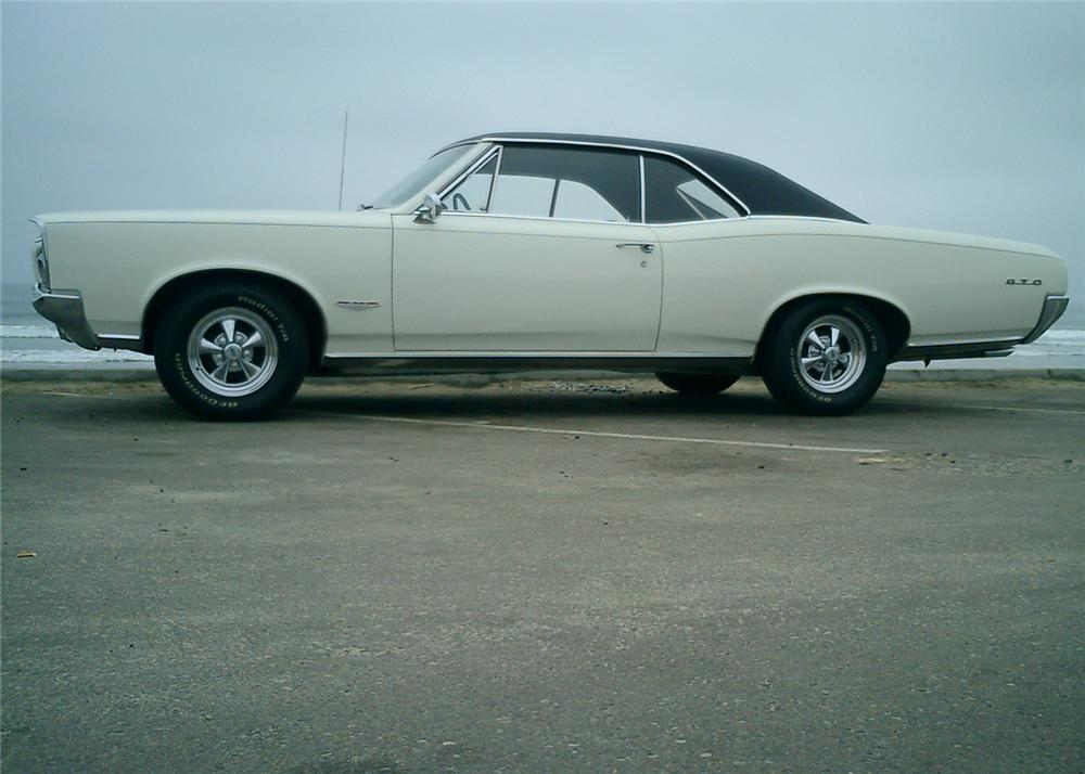 1966 PONTIAC GTO 2 DOOR HARDTOP - Side Profile - 65894