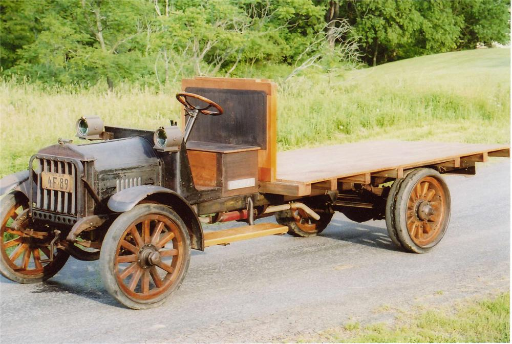 1909 FEDERAL MOTOR COMPANY TRUCK - Front 3/4 - 65909