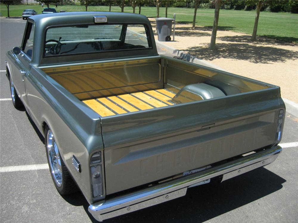 1969 CHEVROLET C-10 CUSTOM PICKUP - Rear 3/4 - 65923