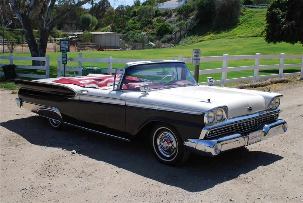 1959 FORD GALAXIE 500 CONVERTIBLE - Front 3/4 - 65986