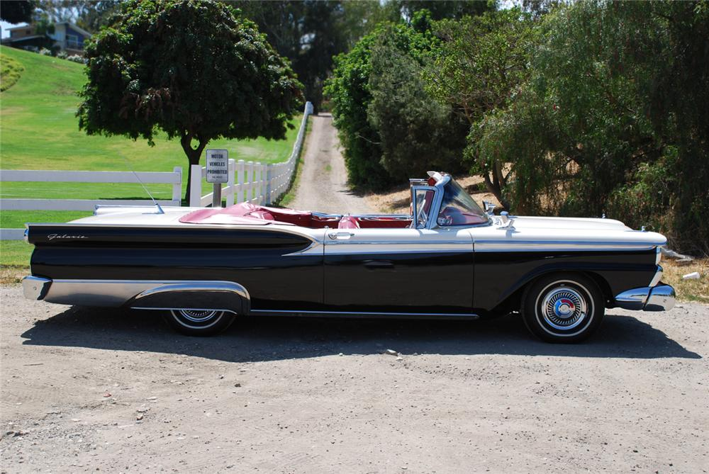 1959 FORD GALAXIE 500 CONVERTIBLE - Side Profile - 65986