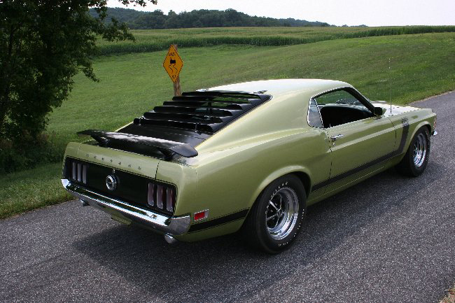 1970 FORD MUSTANG BOSS 302 FASTBACK - Rear 3/4 - 66001