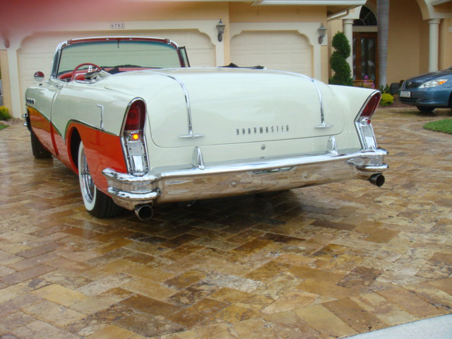 1956 BUICK ROADMASTER CONVERTIBLE - Rear 3/4 - 66007