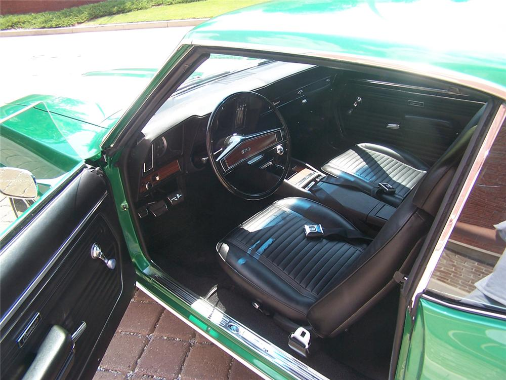 1969 CHEVROLET CAMARO Z/28 COUPE - Interior - 66024