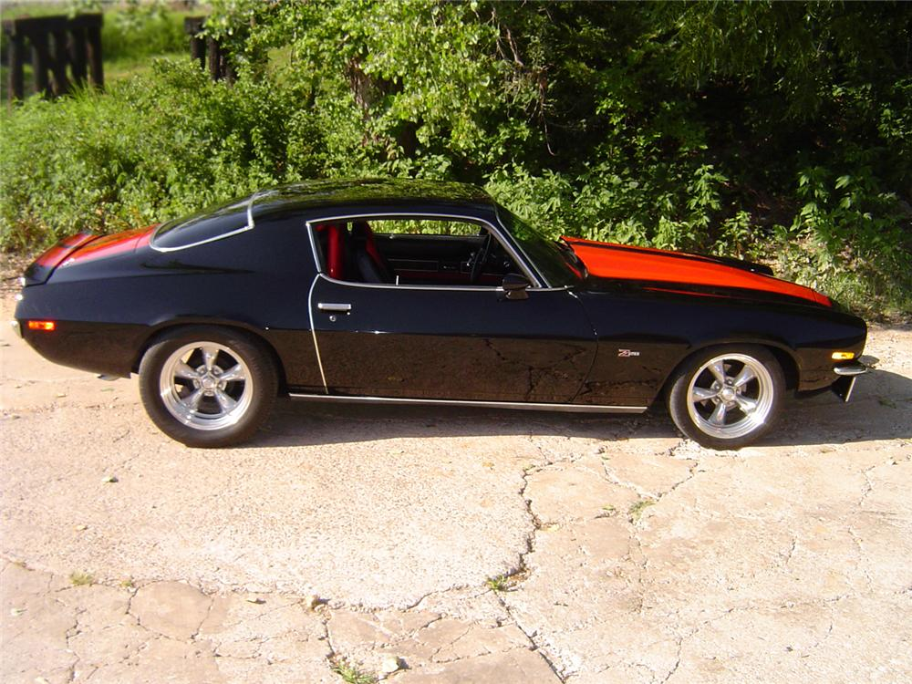 1970 CHEVROLET CAMARO Z/28 2 DOOR SPORT COUPE - Side Profile - 66066