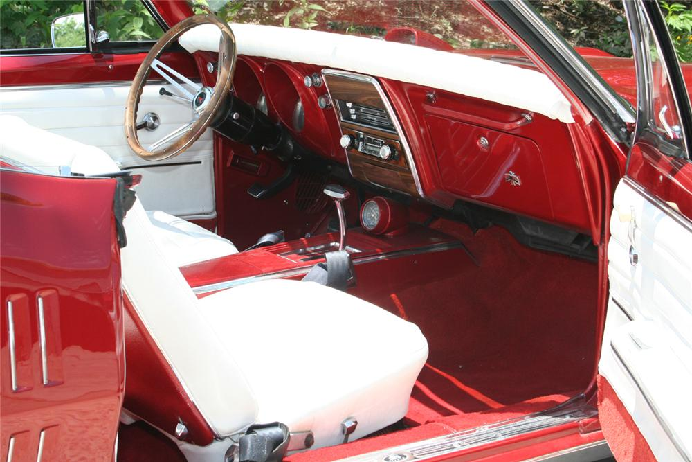 1967 PONTIAC FIREBIRD CONVERTIBLE - Interior - 66067