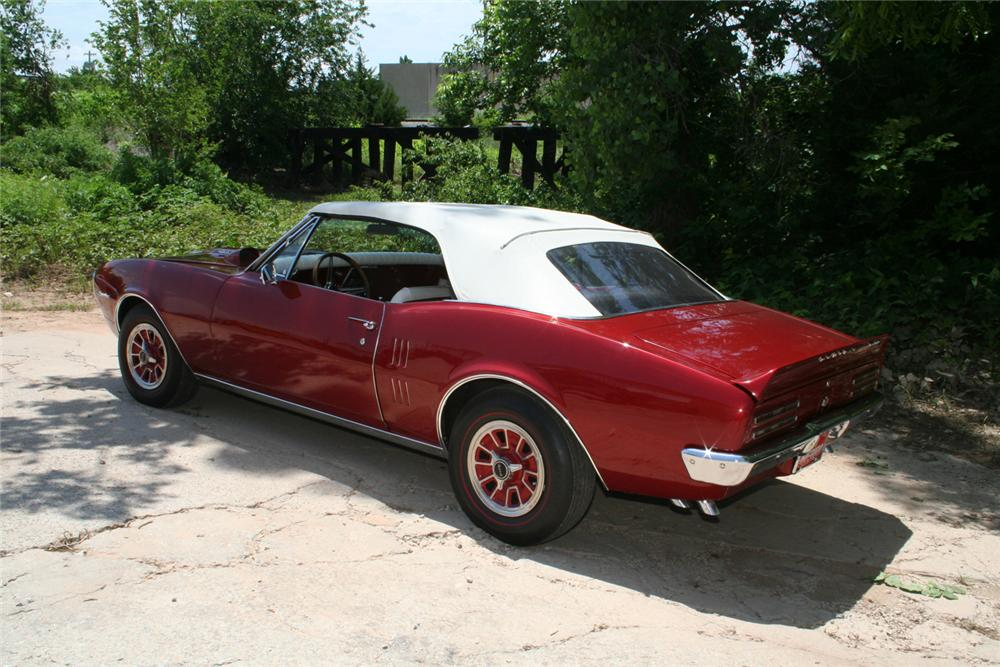 1967 PONTIAC FIREBIRD CONVERTIBLE - Rear 3/4 - 66067