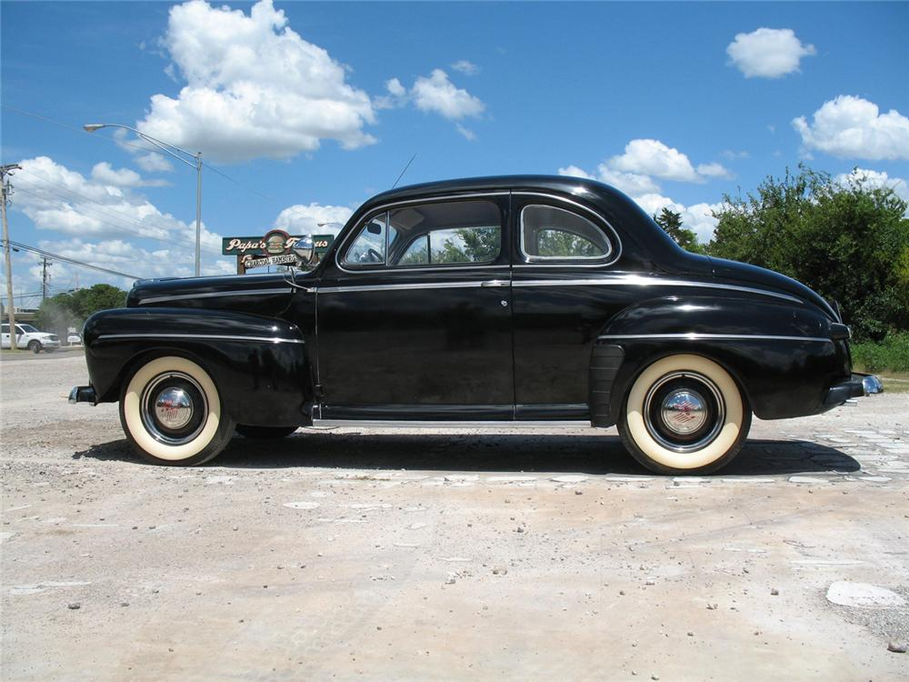 1946 FORD SUPER DELUXE COUPE - Side Profile - 66076
