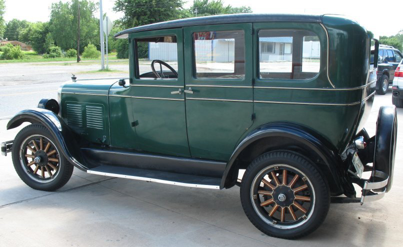 1927 CHANDLER STANDARD 6 4 DOOR SEDAN - Side Profile - 66077
