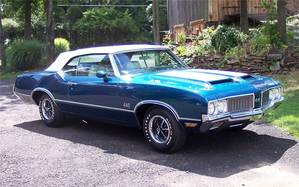 1970 OLDSMOBILE 442 CONVERTIBLE - Front 3/4 - 66110