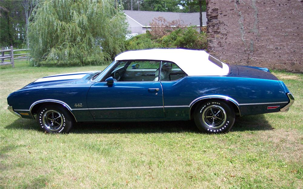 1970 OLDSMOBILE 442 CONVERTIBLE - Side Profile - 66110