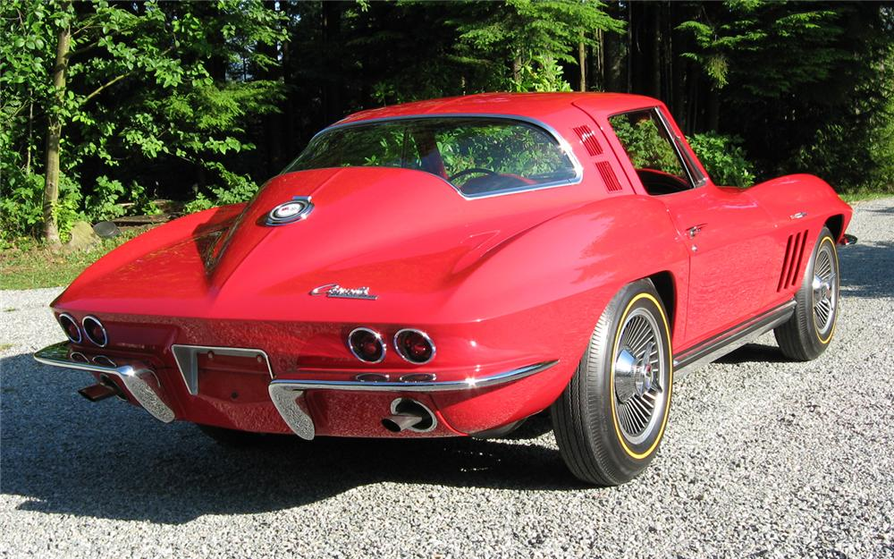 1965 CHEVROLET CORVETTE COUPE - Rear 3/4 - 66119