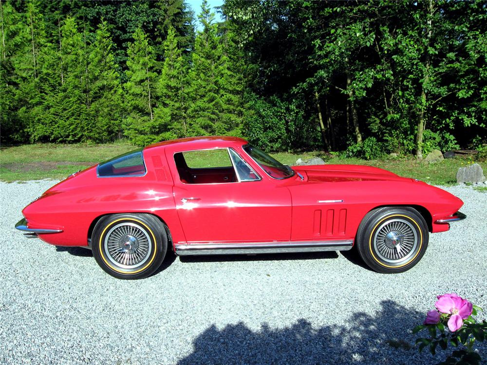 1965 CHEVROLET CORVETTE COUPE - Side Profile - 66119