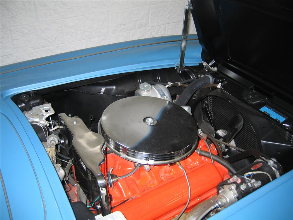 1961 CHEVROLET CORVETTE CONVERTIBLE - Engine - 66120