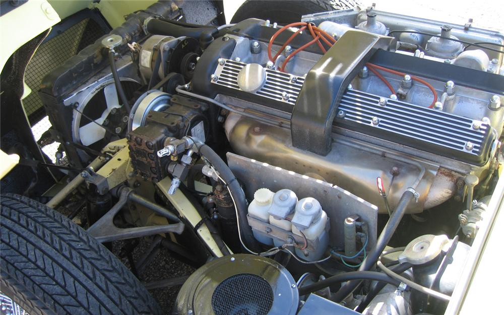1971 JAGUAR XKE SERIES II ROADSTER - Engine - 66153