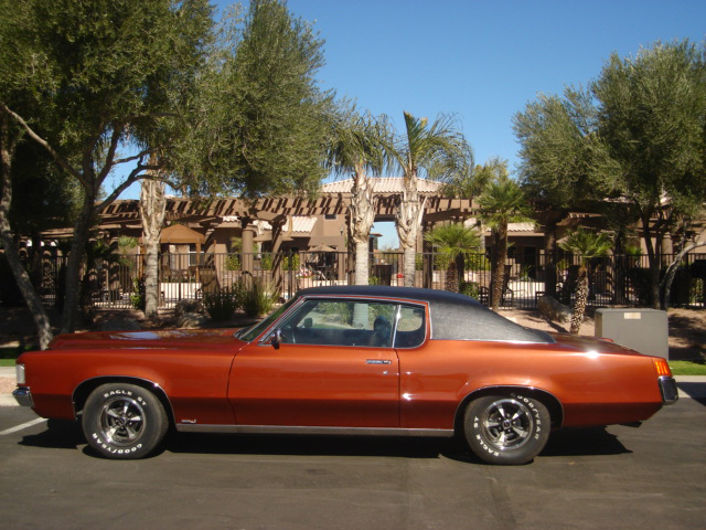 1969 PONTIAC GRAND PRIX HARDTOP COUPE - Side Profile - 66161