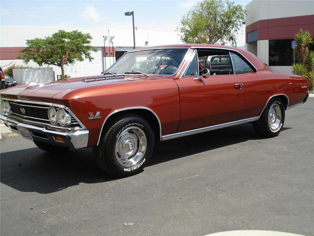 1966 CHEVROLET CHEVELLE SS 396 COUPE - Front 3/4 - 66165