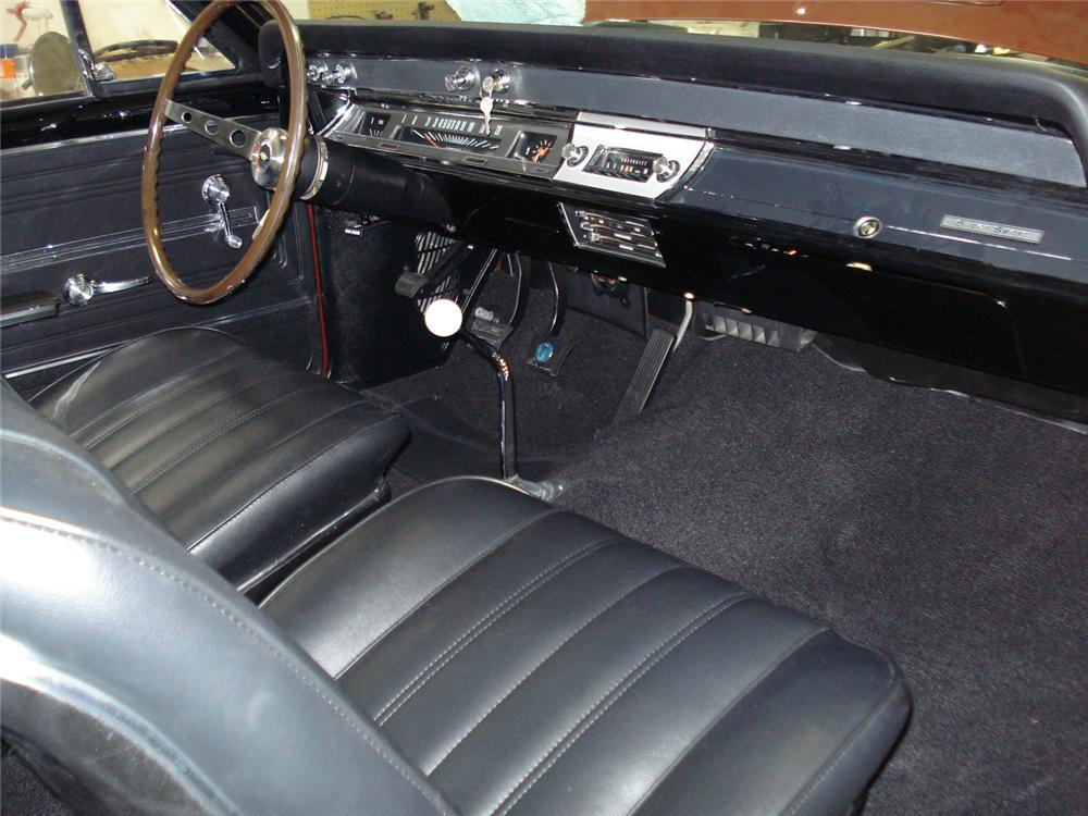 1966 CHEVROLET CHEVELLE SS 396 COUPE - Interior - 66165
