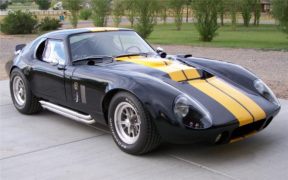 2005 FACTORY FIVE SHELBY DAYTONA COUPE RE-CREATION   - Front 3/4 - 66167