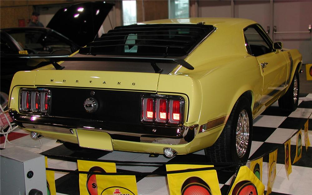 1970 FORD MUSTANG BOSS 302 FASTBACK - Rear 3/4 - 66174