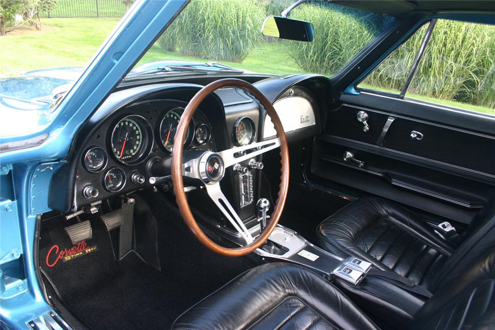 1966 CHEVROLET CORVETTE COUPE - Interior - 66193