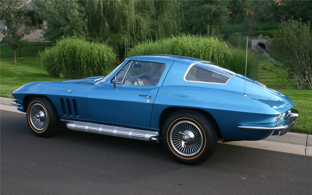 1966 CHEVROLET CORVETTE COUPE - Rear 3/4 - 66193
