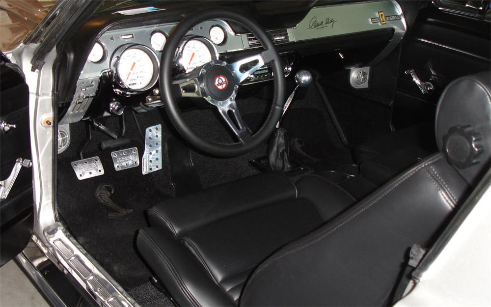 1967 FORD MUSTANG CUSTOM FASTBACK - Interior - 66195