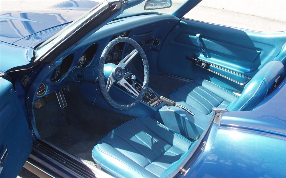 1969 CHEVROLET CORVETTE CONVERTIBLE - Interior - 66202
