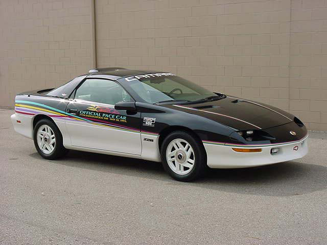 1993 CHEVROLET CAMARO INDY PACE CAR COUPE #3 - Front 3/4 - 66220