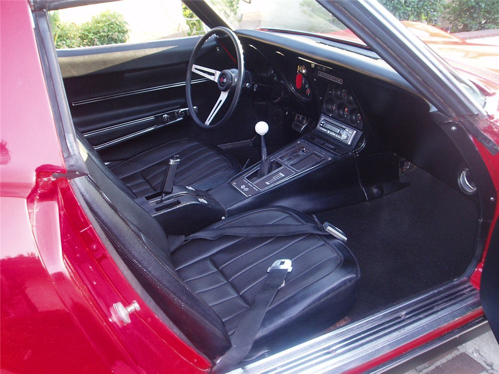 1968 CHEVROLET CORVETTE COUPE - Interior - 66236