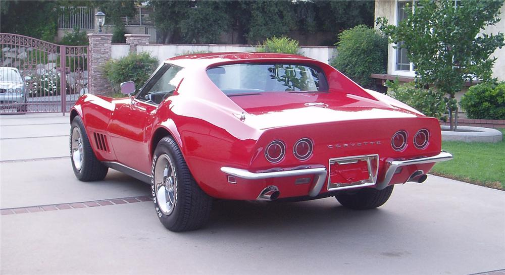1968 CHEVROLET CORVETTE COUPE - Rear 3/4 - 66236