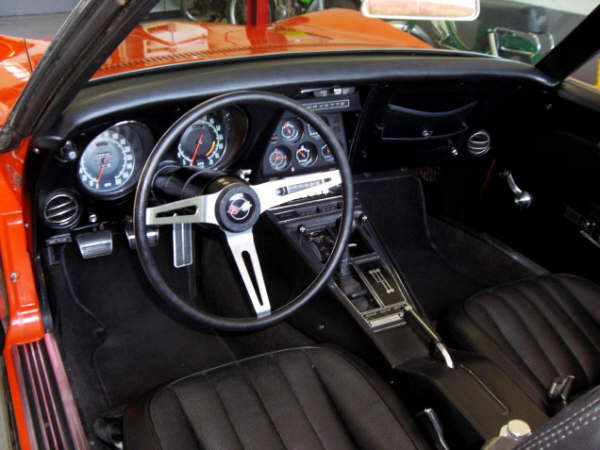 1969 CHEVROLET CORVETTE CONVERTIBLE - Interior - 66243