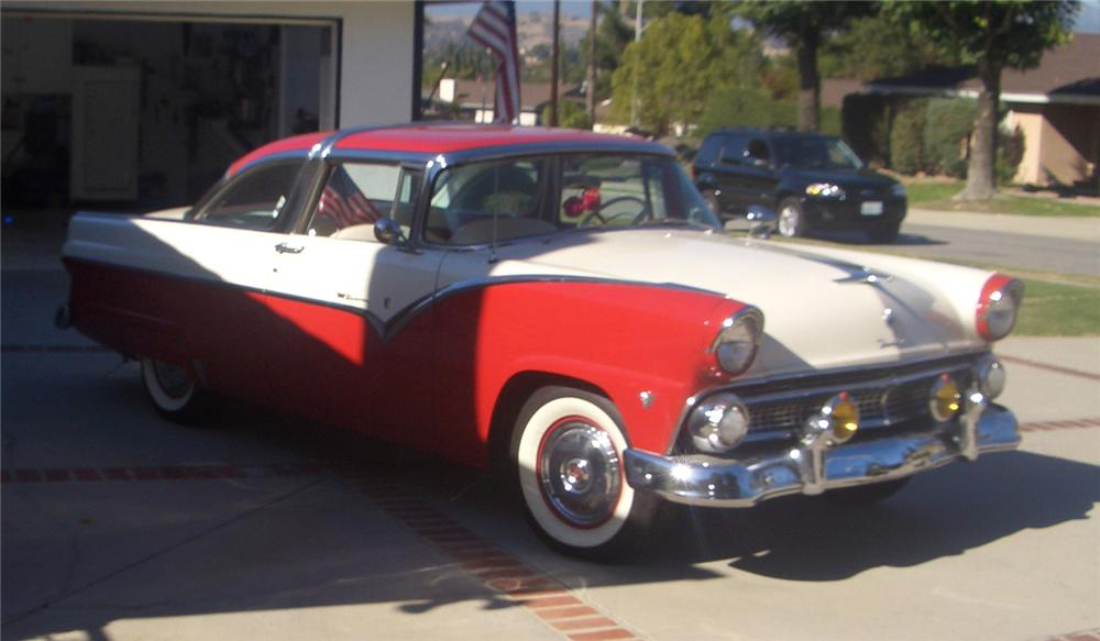 1955 FORD CROWN VICTORIA 2 DOOR COUPE - Front 3/4 - 66247