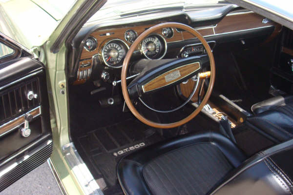 1968 SHELBY GT500 FASTBACK - Interior - 66283