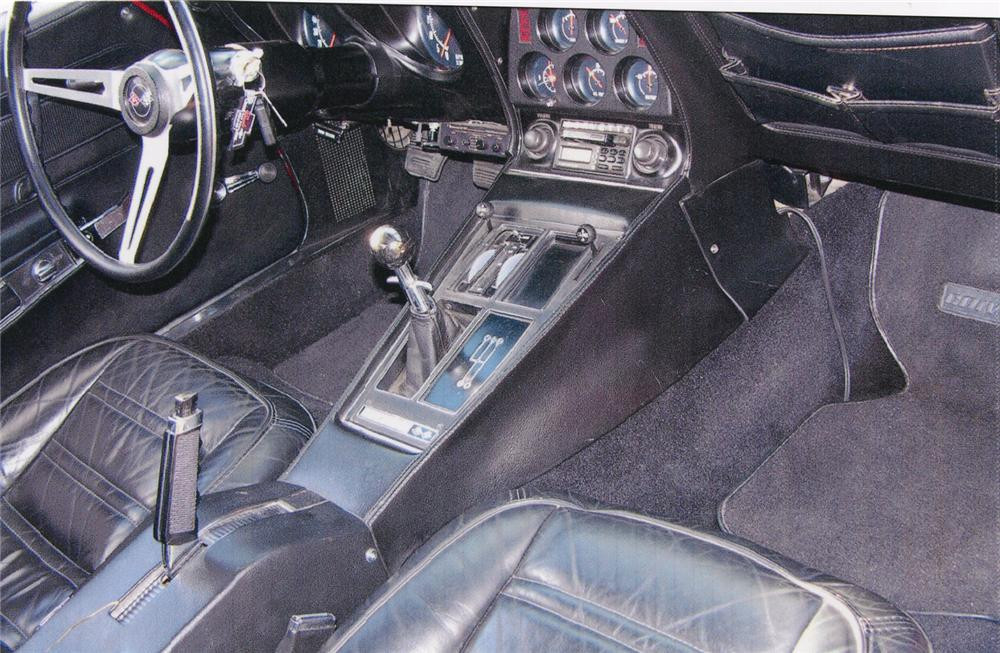 1972 CHEVROLET CORVETTE CUSTOM COUPE - Interior - 66288