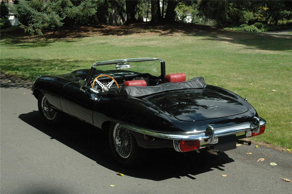 1970 JAGUAR XKE ROADSTER - Rear 3/4 - 66329