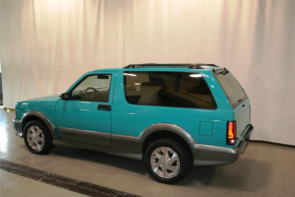 1992 GMC TYPHOON 2 DOOR - Rear 3/4 - 66353
