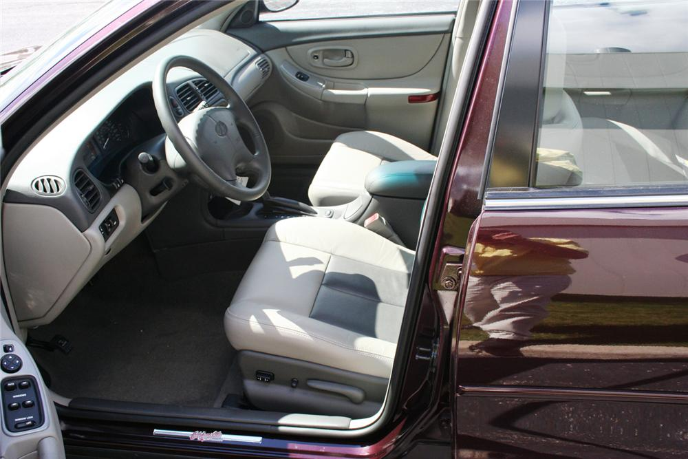 "2002 OLDSMOBILE INTRIGUE GL SEDAN ""THE FINAL 500"" - Interior - 66354"