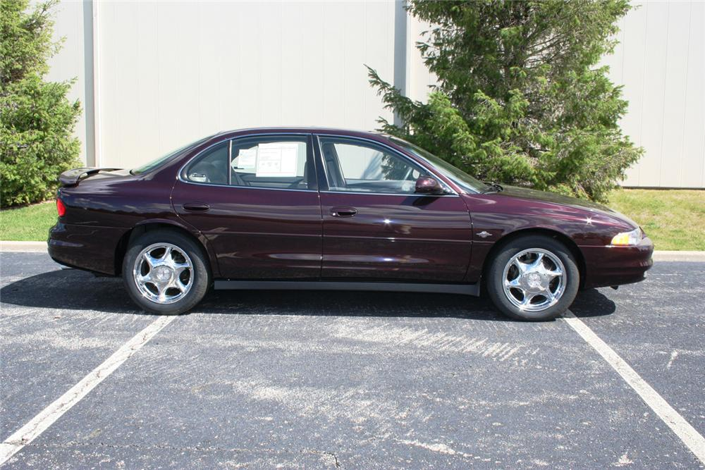 "2002 OLDSMOBILE INTRIGUE GL SEDAN ""THE FINAL 500"" - Side Profile - 66354"