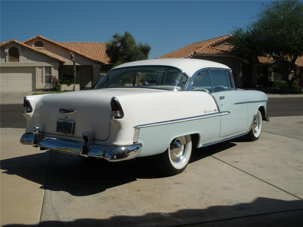 1955 CHEVROLET BEL AIR 2 DOOR HARDTOP - Rear 3/4 - 66362