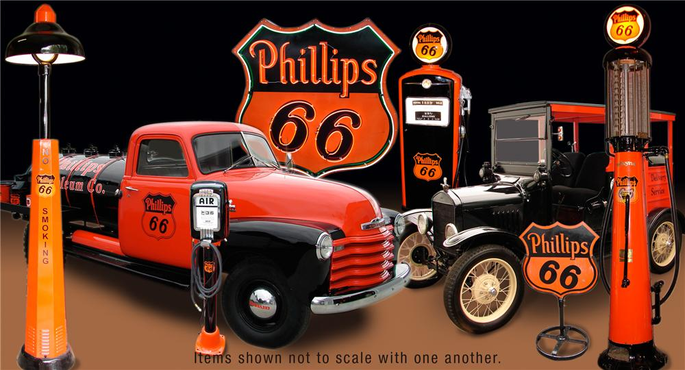 0 PHILLIPS 66 GAS & OIL MUSEUM COLLECTION - Front 3/4 - 66374